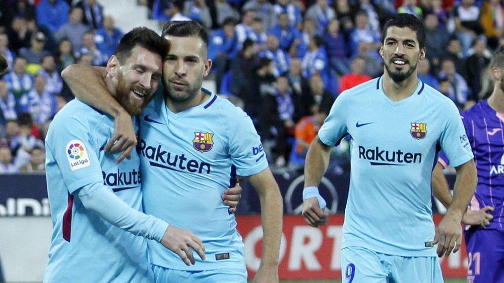 تیمهایی که شرایط کنونی بارسلونا را داشتند و قهرمان نشدند