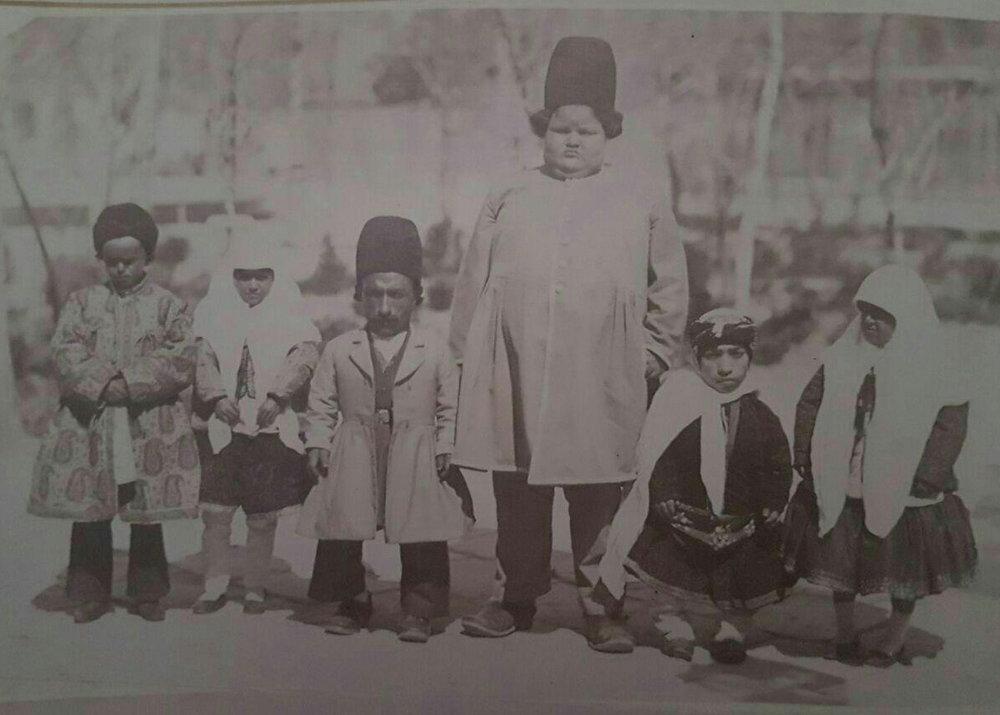 نخستین سلفی قاجارها در کاخ گلستان