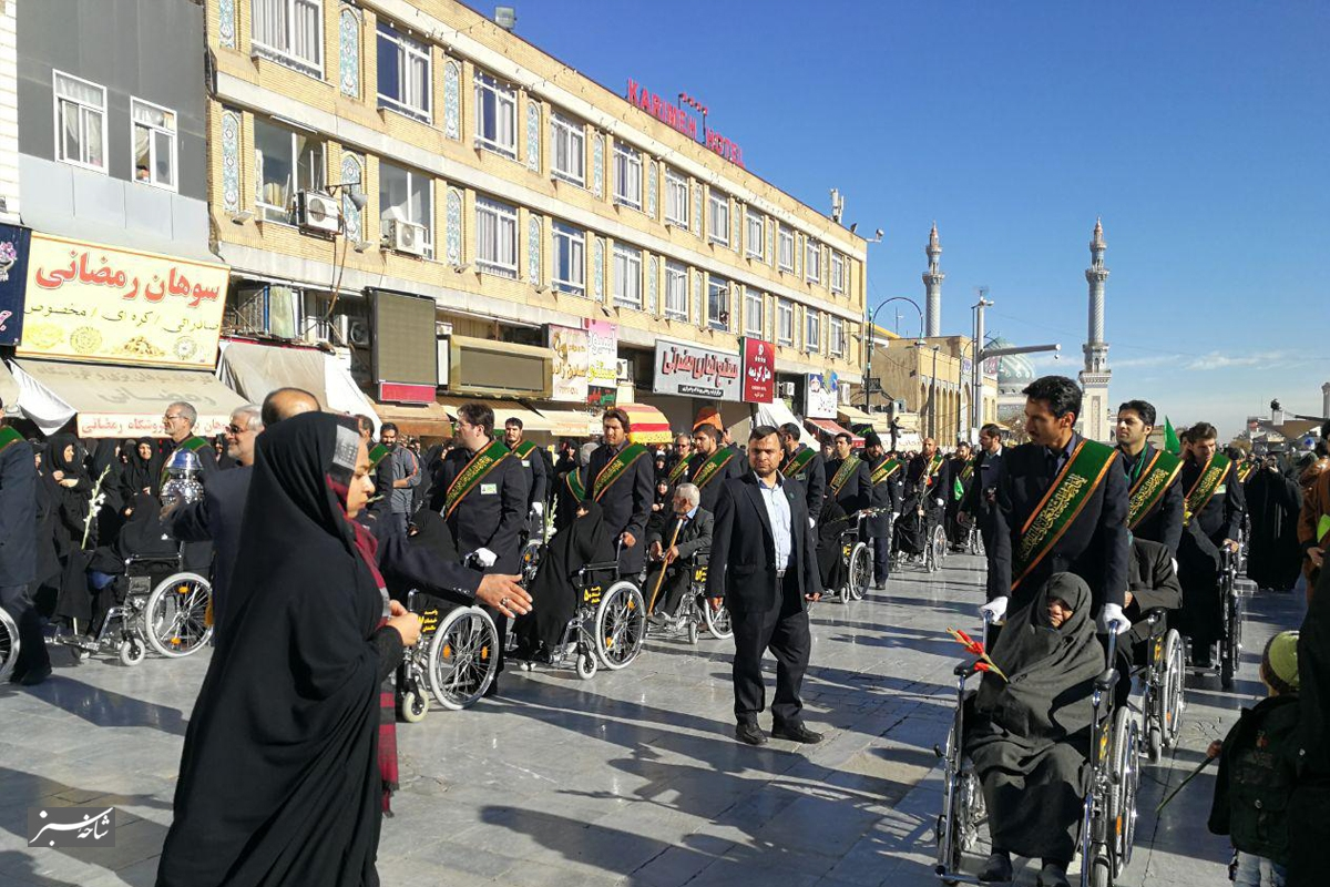 استقبال پرشور از کاروان نمادین ورود حضرت معصومه به قم/تصاویر