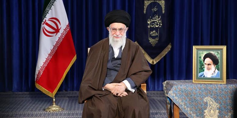 رهبر انقلاب سال ۱۳۹۷ را سال «حمایت از کالای ایرانی» نامگذاری کردند