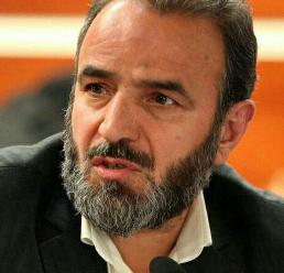 موفقیتی برای علی آقازاده استاندار مرکزی در حوزه عمرانی ندیده ام